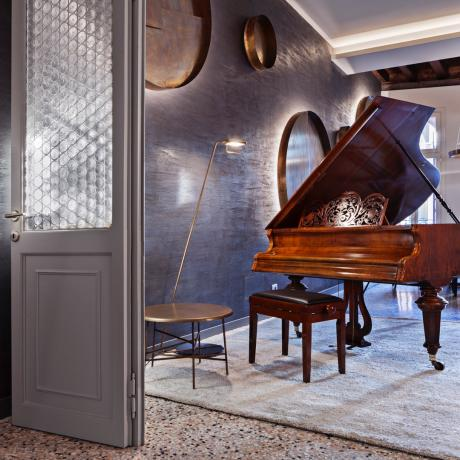 The grand piano at Santa Fosca apartment