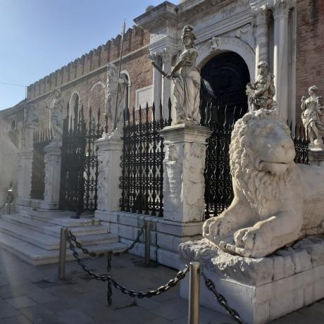 The hieratics lions at the Arsenale still welcome you!
